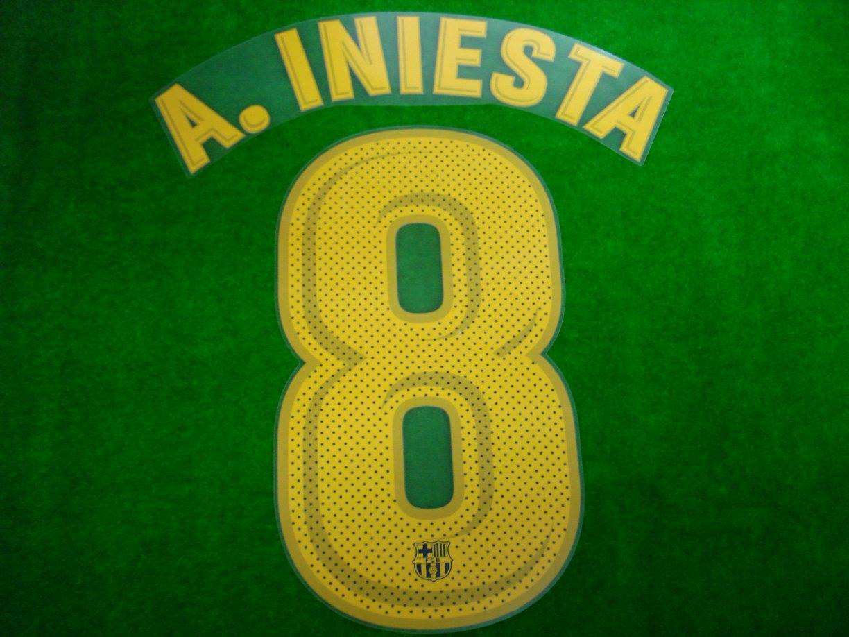 181241fb6d0 ... soccer club jersey  official player issue a.iniesta 8 fc barcelona home  2017 18 print 25 youth jordi